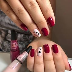 What you need to know about acrylic nails - My Nails Valentine's Day Nail Designs, Acrylic Nail Designs, Trendy Nail Art, Stylish Nails, Burgundy Nails, Red Nails, Cute Acrylic Nails, Cute Nails, Valentine Nail Art