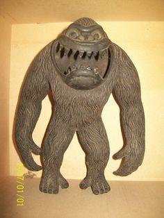 antiguo-muneco-gigantor-the-ape-king-kong-unico King Kong 1933, Fay Wray, Merian, Adventure Film, Fantasy Monster, Prehistoric, Lion Sculpture, Toy, Statue
