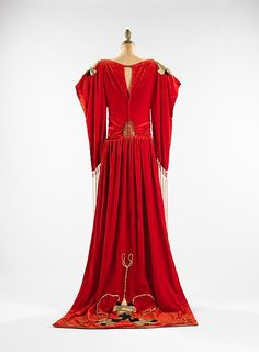 """Robe Sabat"" (image 2 - back) 