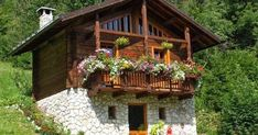 By Solange Maria Soccol Village House Design, Village Houses, Log Cabin Homes, Cabins And Cottages, Cute Cottage, Stone Houses, Wooden House, Future House, Beautiful Homes