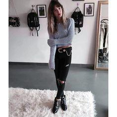ella, que no puede + de linda con sus cameron booties  @lucia_celasco