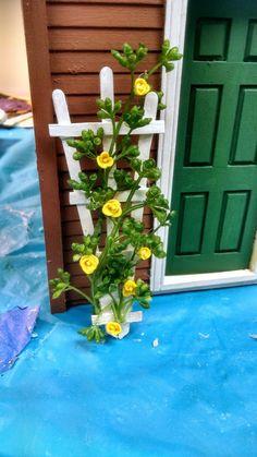 Craft Stick Trellis and Clay Roses Mini Craft, Craft Stick Crafts, Flower Trellis, Pots, Garden Equipment, Potting Sheds, Outdoor Living, Outdoor Decor, Clay Flowers