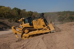 New #CAT D8T #Dozer Delivers Production & Versatility with Integrated Grade Technology & Reduced Emissions | Rock & Dirt Blog Construction Equipment News & Information #RockandDirt