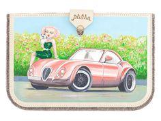 Felt case for MacBook, Girl with Maltese print Taking my Mimi and going for a drive in a beautiful car #caso #cuero #pintado #a #mano #artesanal #hecho #a #mano #chica #sentido #moda #ordenador #portátil #macbook #air #MacBook #Pro #macbook #maltés