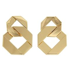Double Fold Over Link Gold Earrings  | From a unique collection of vintage dangle earrings at https://www.1stdibs.com/jewelry/earrings/dangle-earrings/