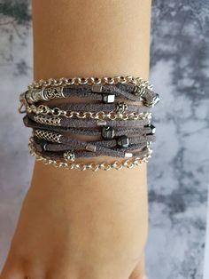 Stunning Fine Bracelet Jewelry For Sale picks just for you - chiara Boho Necklace, Boho Jewelry, Bridal Jewelry, Jewelry Bracelets, Jewelry Accessories, Jewelry Design, Fashion Jewelry, Beaded Bracelet, Crochet Bracelet
