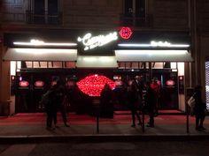 { Paris et moi わたしとパリ } パリに行ったら したいこと⑮ 伝説のキャバレーCRAZY HORSE PARISを鑑賞! Portal, Broadway Shows, Paris