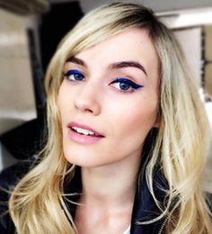Los colores eléctricos serán tendencia esta temporada ¿Qué tal delinear tus ojos con un atrevido azul? ¡Atrévete!  Foto: Elle