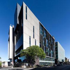 Chris O Brien Lifehouse Hospital Architecture, Architecture Panel, Commercial Architecture, Contemporary Architecture, Architecture Details, Interior Architecture, Architecture Portfolio, Building Exterior, Building Facade