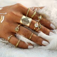 10-teiliges Ring-Set mit Ornamentgravur