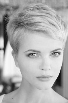 16.Short Pixie Hairstyle