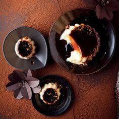 Peppermint Crisp Tart Ice Cream Sandwiches | Woolworths TASTE