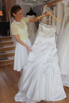Preloved or not to Preloved - our friends at Bridal Reloved Liverpool tell how to maximise your wedding gown budget