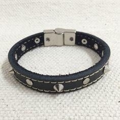 Pulseira Masculina Couro Preto Spikes Fecho Magnetico Imã mens bracelets fashion cocar brasil