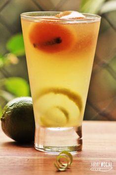Limonadas com cubos de chá. | 15 receitas que vão te convencer a ir para a cozinha no fim de semana