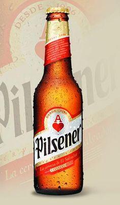 La Pílsener, la cerveza más popular de El Salvador.