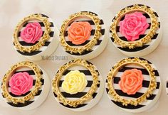 Oreo Cookie Cake, Cupcake Cookies, Oreo Cookies, Chocolate Pops, Chocolate Dipped Oreos, Kate Spade Cake, Elegant Cake Pops, Oreo Bites, Chocolates