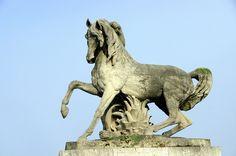 pont d'Iéna sculpture Guerrier arabe cheval par Jean-Jacques Feuchère
