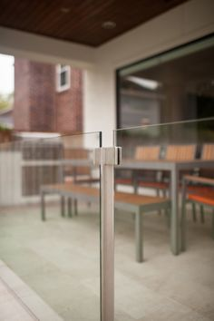 stainless steel and glass railing