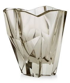 me likey! (a tapio wirkkala iceberg glass vase, iittala, finland, model Vintage Vases, Art Abstrait, Modern Glass, Glass Design, Decorative Objects, Colored Glass, Scandinavian Design, Stoneware, Designer