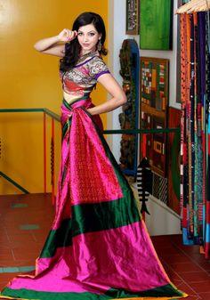 Pochampally Saree accompanied with brocade blouse