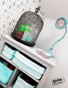 Cozy bathroom cabinet, vintage old wood by HMMD / Mueble para baño vintage con encanto by HMMD