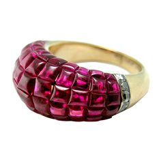 """1stdibs - VAN CLEEF & ARPELS """"Mystery"""" Set Ring explore items from 1,700  global dealers at 1stdibs.com"""