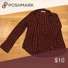 Semi-fitted black and red flannel A cute and casual semi fitted black and red flannel, good for any casual wear and in good condition! Love tree happens Other