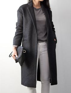 classic outfits you may not realize you already have in your closet 7 Minimal Chic, Minimal Fashion, Looks Street Style, Street Style Women, Work Casual, Casual Chic, Look Fashion, Winter Fashion, Womens Fashion