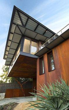 Image 2 of 17 from gallery of Pacific House / Casey Brown Architecture. Courtesy of Casey Brown Architecture Contemporary Architecture, Architecture Design, Residential Architecture, Pacific Homes, Weathering Steel, Wood Cladding, Decor Interior Design, Room Interior, Beautiful Homes