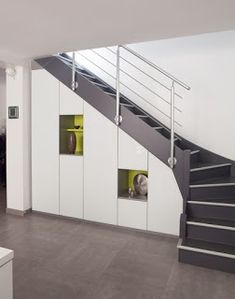 Ideas on How To Use Under Stairs as Saving Storage Staircase Railings, Stairways, Home Stairs Design, House Design, Placard Design, Stairway Storage, Modern Stairs, House Stairs, Basement Stairs