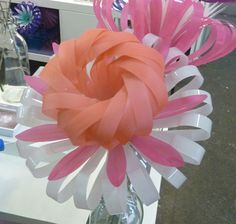 Daisy 12 - Sarah Turner - amazing flowers made from three plastic bottles