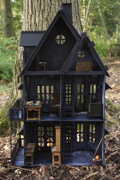 1:12 Scale GOTHIC WITCHES SPOOKY HAUNTED DOLLS HOUSE. OOAK hand-made painted. | eBay