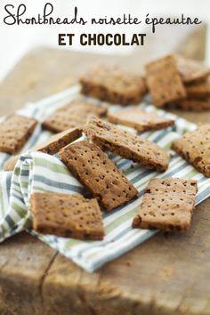 """Un """"Flo"""" de bonnes choses » Shortbreads à la farine de noisette, épeautre et chocolat"""