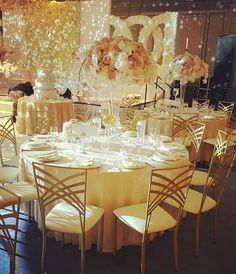 864 Followers, 657 Following, 117 Posts - See Instagram photos and videos from Linens & Beyond-lorettaHabayeb (@linensandbeyond) Gold Chairs, Elegant Wedding, Linens, Followers, Table Settings, Table Decorations, Photo And Video, Instagram Posts, Photos