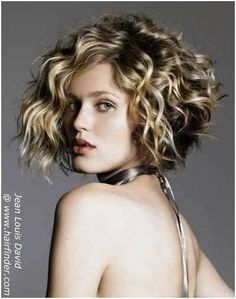 10 Curly Bob Hairstyles To Inspire You       Love the cut...Growin   It  Out.........2015.....M.