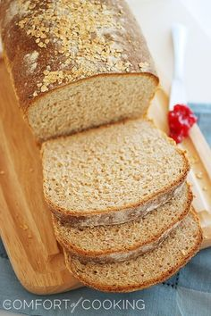 Whole Wheat Honey Oatmeal Bread – Soft and fluffy homemade whole wheat bread with a touch of honey - perfect for hearty sandwiches and buttery toast!   thecomfortofcooking.com