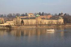 Está indo para Praga, República Tcheca? E está procurando um hotel com ótimo custo benefício para se hospedar? Vem conferir essa dica incrível que temos para você. Eurostars Thalia.