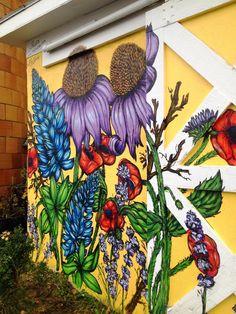 Fleurs in Ithaca, NY By Kellie Kox- Brady – Graffiti World Graffiti Murals, Murals Street Art, Street Art Graffiti, Mural Art, Graffiti Flowers, Garden Mural, School Murals, Best Street Art, Flower Art