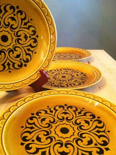 Homer Laughlin Vintage Dinnerware 1972 ..didn't we all have some like these in our homes in the 70's????