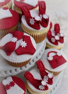 Red & White Cakes