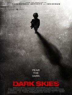 Résultats de recherche d'images pour «affiche cinema dark»