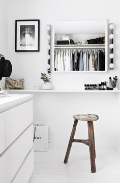 A Fashionable Home: Minimal And Bright Walk-In Closet -- Scandinavian Minimal Interior Design -- Vanity Via Stylizimo