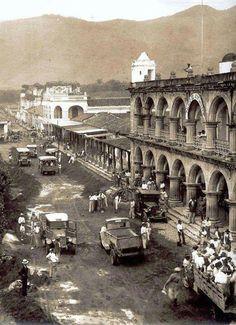 Old picture, Antigua Guatemal, Palacio de los Capitanes.