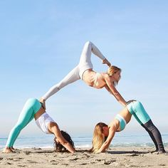 Yogi Pyramid! Left: Airbrush Legging in Island Green Glossy, Sunny Strappy Bra in White, Ultra Tank in White. Center: Moto Legging in Vapor Grey/Vapor Grey Glossy. Goddess Legging in Island Green/Stormy Heather, Trace 2 Bra in Tropical Peach/Island Green/White. http://www.aloyoga.com
