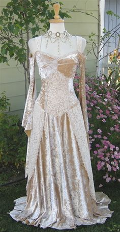 Stretchy Velvet & Lace Medieval Corset Gown~New!