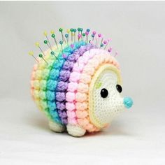 Mesmerizing Crochet an Amigurumi Rabbit Ideas. Lovely Crochet an Amigurumi Rabbit Ideas. Crochet Pincushion, Crochet Diy, Crochet Patterns Amigurumi, Crochet Gifts, Crochet Dolls, Knitting Patterns, Crochet Ideas, Tutorial Crochet, Free Knitting