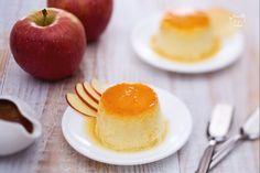 Il creme caramel alle mele con salsa di fichi è un dessert al cucchiaio perfetto per concludere una cena in bellezza!