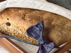 Christmas recipies/jouluisia reseptejä: Christmas wheat bread/vaalea joululeipä