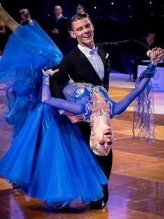 Dmitry Zharkov & Olga Zulikova | Polish Open Championships 2014 - Olsztyn, Poland | [love the color]